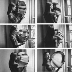"""""""La parola chiava è espressione, né fotografia, né pittura, né scrittura […] Quando voi guardate le mie fotografie guardate i miei pensieri""""..."""