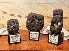 23751ed2958 Miniatura decorativa OOPART Oggetti fuori dal di PiccoliSpazi Out Of Place  Artifacts