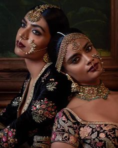 (Beautiful Blouse) By designer #Sabyasachi Mukherjee. ornate Jewelry via www.bridelan.com #Bridelan ~