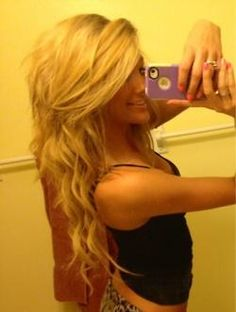 This is what I want my hair to look like! Long, thick hair!