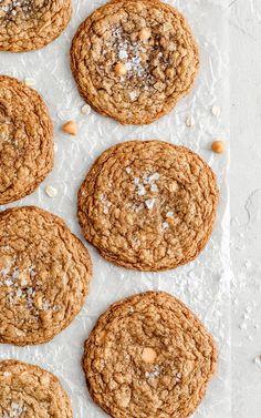 Salted Brown Butter Butterscotch Oatmeal Cookies Oatmeal Butterscotch Cookies, Caramel Cookies, Oatmeal Cookies, Fall Cookie Recipes, Fall Dessert Recipes, Fall Desserts, Cookie Desserts, Shortbread, Cookie Sandwich