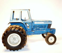 Vintage 1970s Ertl 1/12 Scale Ford 9700 by DoorCountyVintage, $50.00
