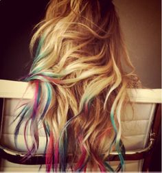 Multi color hair tips.