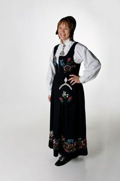 "Black ""Altabunad"" from Alta, Finnmark, Norway (Also made in blue, but i haven't found a picture) Silver Accessories, Norway, Most Beautiful, Raincoat, Colour, Costumes, Pretty, How To Wear, Blue"