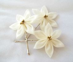 Kanzashi Hair Flowers Ivory Bobby Pins by ScarlettandMaria on Etsy, $22.00