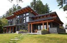 Beautiful A signature West Coast contemporary design, this modern hybrid timber frame home is as beautiful to look at as it is to live in. The post A signature West Coast contemporary design, t . Modern Exterior, Exterior Design, Exterior Colors, Exterior Paint, Black Exterior, Exterior Trim, Building Exterior, Chalet Modern, Modern Cottage