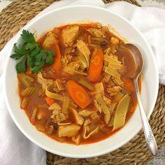 Grilled Steak Salad, Cranberry Chicken, Chicken Noodle Soup, New Recipes, Stew, Noodles, Delish, Dinner, Recipes
