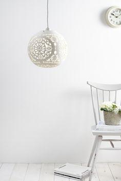Alida Ball Easyfit Light | BHS
