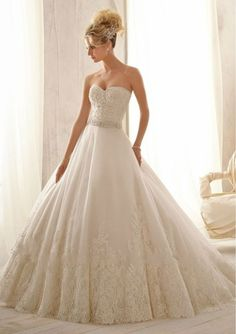 Discount New Designs Sweetheart Strapless Beaded And Appliqued Ivory Ball Gown Tulle Casual Winter Trumpet/Mermaid Wedding Dresses Free Measurement