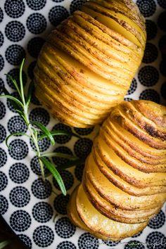 ziemniaczki hasselback Cantaloupe, Sushi, Pumpkin, Fruit, Vegetables, Food, Pumpkins, Hoods, Vegetable Recipes