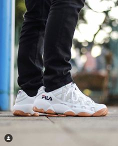 1853 Best Fila images in 2020   Fila outfit, Outfits, Sneakers