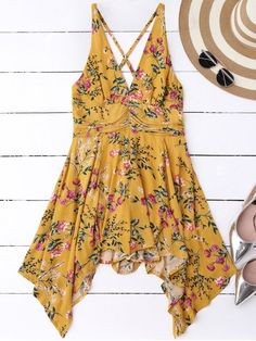 $27.49 Tiny Floral Plunging Neck Romper - YELLOW S