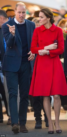Catherine, Duchess of Cambridge and Prince William, Duke of Cambridge visit the town during the Royal Tour of Canada on September 28, 2016 in Whitehorse, Canada.
