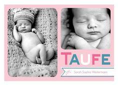 Diese moderne Einladung zur Taufe ist in Rosa und Türkis gehalten. Sie bietet Platz für zwei Fotos. #FamBooks