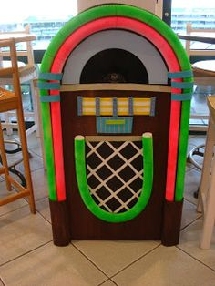 Juke box prop More