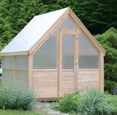 8' x 8' Freedom Greenhouse - Maine Garden Products