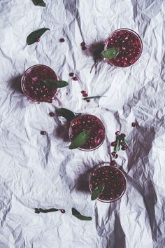 The Baker Who Kerns | Pomegranate, Ginger and Sage Spritzers | http://thebakerwhokerns.com