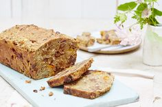 Dried fruit and spelt menopause cake