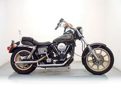 Harley Davidson Motorcycles, Custom Motorcycles, Amf Harley, Dyna Low Rider, Bobbers, Choppers, Cool Bikes, Scooters, Motorbikes