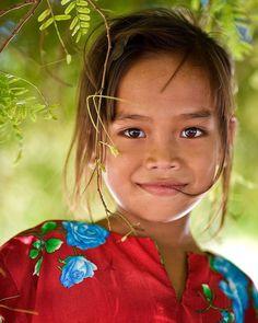 of the world sentir, la nature, Precious Children, Beautiful Children, Beautiful Babies, Beautiful Smile, Beautiful World, Beautiful People, Kids Around The World, People Around The World, Child Face
