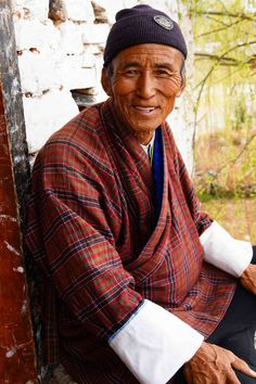 This year I visited the very special country of Bhutan. I especially loved the friendly people in this Himalayan Kingdom. #travel #bhutan