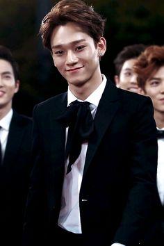 boy, Chen, and exo resmi
