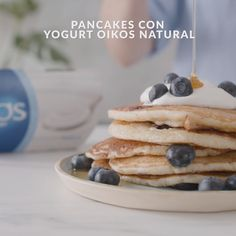Pancake Recipe Ingredients, Pancake Recipe With Yogurt, Greek Yogurt Pancakes, Sweet Recipes, Healthy Recipes, Natural Yogurt, Favorite Recipes, Yummy Food, 2 Eggs
