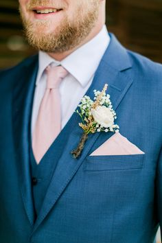 Top 7 Early Spring Navy Blue Wedding Color Palettes You Will Crash On Top 5 Early Spring Navy Blue Wedding Color Palettes---Navy & Blush wedding groom. Blue Suit Wedding, Wedding Tux, Wedding Attire, Wedding Colors, Dream Wedding, Farm Wedding, Blue And Blush Wedding, Gothic Wedding, Spring Wedding