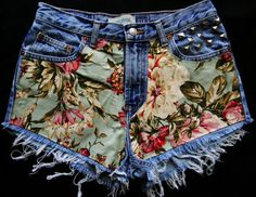Every girl can be like the DIY Fashion ideas of Girls Short Jeans. You can be see here the result of your DIY Jeans Fashion that Changes in Diy Shorts, Diy Jeans, Diy Fashion, Ideias Fashion, Studded Shorts, Denim Fabric, Fabric Glue, Diy Clothing, Summer Trends