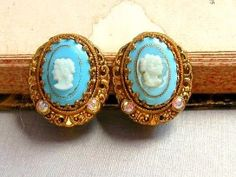 Tiffany Blue vintage earing