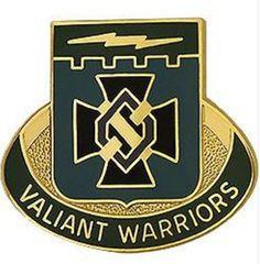 Special Troops Battalion, 3rd Brigade, 1st Infantry Division Unit Crest (Valiant Warriors)