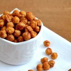 roasted chickpeas are one of my latest snack favorites! like eating chips I swear