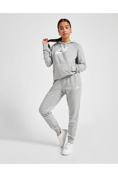 Køb Nike Essential Joggingbukser Dame i Grå Sporty Outfits, Nike Outfits, Grey Nike Tracksuit, Jogging Outfit Women, Jogging Nike, Ropa Interior Calvin, Workout Gear For Women, Joggers Outfit, Jd Sports Fashion