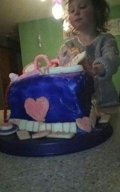 Layla' s cake