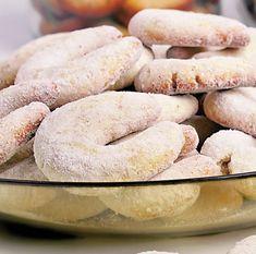 Semilune cu lămâie şi vanilie   Retete culinare - Romanesti si din Bucataria internationala