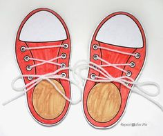 Learning to Lace and Tie Your Shoe Craft - Repeat Crafter Me Easy Crafts For Kids, Diy For Kids, Learn To Tie Shoes, Shoe Template, Lacing Cards, Repeat Crafter Me, Shoe Crafts, Busy Bags, Shoe Art