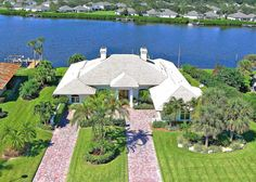 1870 CUTLASS COVE DR, VERO BEACH, FL 32963