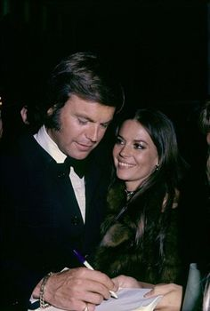 RJ Wagner and Natalie Wood---Married Twice With One Child Together, This Hollywood Beautiful Twosome Always Lived In The Public Eye...Even In Wood's Mysterious, Tragic Early Loss...Great Love, Horrible Ending, Sadly...