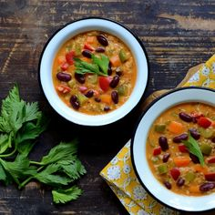 Bonduelle - Recept - Őszi babos rizsleves Thai Red Curry, Chili, Soup, Ethnic Recipes, Chili Powder, Chilis, Soups, Chile
