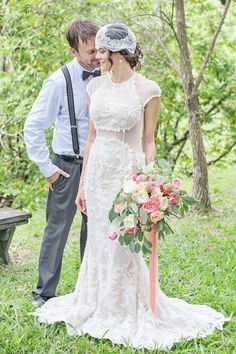 Puerto Rico wedding | Karism Photography | see more on: http://burnettsboards.com/2015/02/colonial-vintage-garden-wedding/