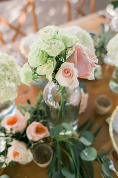 Rose and hydrangea centerpiece ⎟U Me Us Studios⎟see more on: http://burnettsboards.com/2015/10/rustic-chic-wedding-inspiration-shoot/