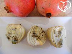 Finocchi con salsa al gorgonzola e salvia http://www.cuocaperpassione.it/ricetta/6e311f4c-9f72-6375-b10c-ff0000780917/Finocchi_con_salsa_al_gorgonzola_e_salvia