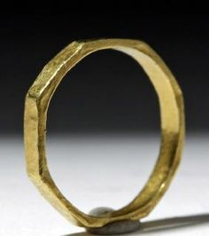 Ancient / Elegant Byzantine 18k Gold Ring