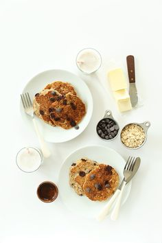 Healthy Chocolate Chip Oatmeal Cookie Pancakes | Minimalist Baker Recipes