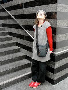Enjoying SF MOMA in one of my beloved pairs of red clogs, via Flickr | | #UGGLEBOclogs