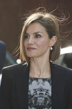 Foro Hispanico de Opiniones sobre la Realeza: La reina Letizia en el I Encuentro empresarial de la Asociación Española Contra el Cáncer