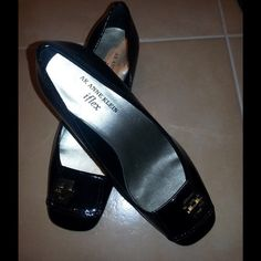 "✨Anne Klein✨ Enrika Patent Wedge Up for sale is an excellent pre-owned pair of Anne Klein iflex ""Enrika"" Heels Size 7M Women's Black genuine patent leather with gold buckle design  Black Man-Made Rubber Grip Soles Lightly padded metallic silver insoles 1.5'' wedge heel Easy to match Very comfortable and stylish Easy to wear everyday but classy enough for the office Great for Fall/Winter and early Spring Worn twice Excellent pre-owned condition! Message me any questions before purchase. No…"