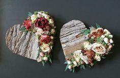 Deco Floral, Arte Floral, Burlap Bags, Nature Crafts, All Art, Funeral, Dried Flowers, Wood Art, Floral Arrangements