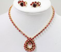 Vintage Pink and Ruby Red Rhinestone Crystal Gold Tone Necklace and Earrings ,Bridesmaid gift Prom Necklace #handmade #etsyretwt