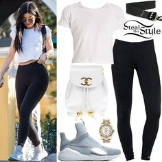 Ropa Kylie Jenner, Trajes Kylie Jenner, Kylie Jenner Look, Kendall Jenner Outfits, Cute Outfits With Leggings, Shirts For Leggings, Casual School Outfits, Stylish Outfits, Celebrity Outfits